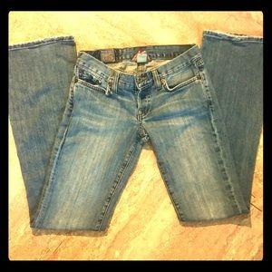 Super Cute Lucky Brand Bootcut Jeans Sz 0/25